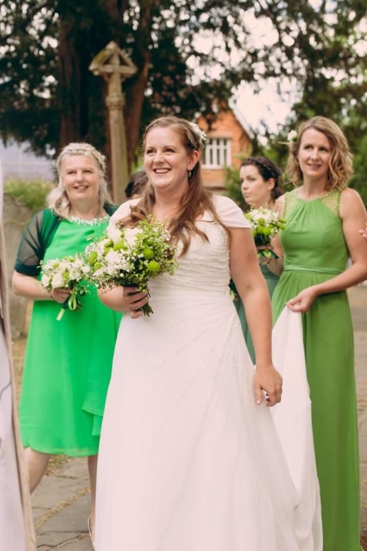 bride-and-bridesmaids-uk-wedding