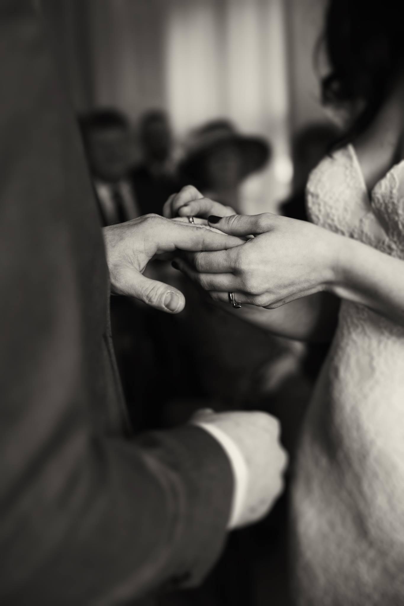 candid-wedding-photography-uk