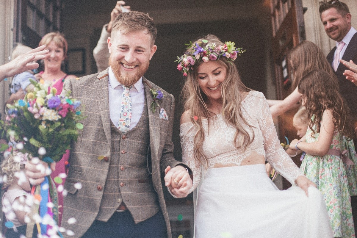 couple-walking-wedding-photographer-oxford