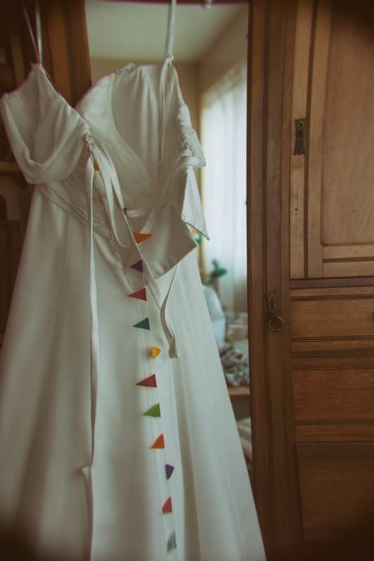 dress-hanging-up-documentary-wedding-photographer